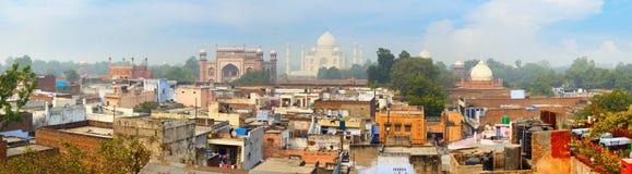 Панорама старого города Агры Известный мавзолей Taj Maha Стоковое Фото