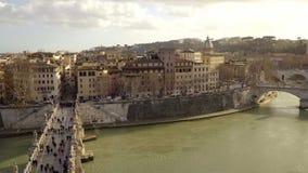 Панорама Тибра и Рима от Castel Sant Angelo, Италии, автомобилей сток-видео