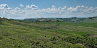 Панорама тосканского ландшафта на d'Orcia Val, Италии Стоковая Фотография