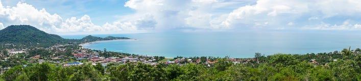 Панорама тропического острова с видом на море Стоковая Фотография RF