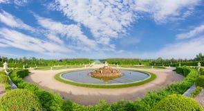 Панорама фонтана Latona в садах Версаль, Франции Стоковое фото RF