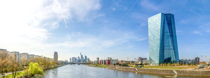 Панорама, Франкфурт-на-Майне, горизонт и ECB Стоковые Фото