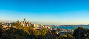 Панорама часа Сиэтл золотая Стоковые Фотографии RF