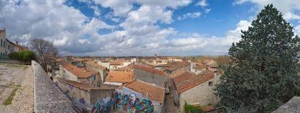 Панорама Arles - Camargue - Провансаль - Франция стоковое изображение rf