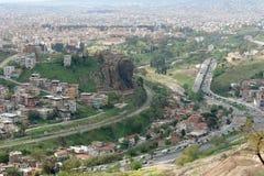 Панорама Izmir и взгляд барельеф Ataturk, высекают стоковые фото