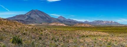 Панорама Las Tres Virgenes Нижней Калифорнии Sur вулкана Стоковая Фотография