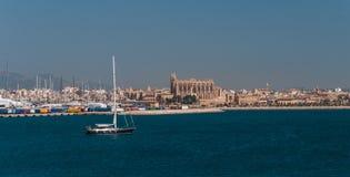 Панорама Palma de Majorca, осмотренная от моря Стоковая Фотография RF