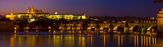 панорама prague вечера Стоковые Фотографии RF