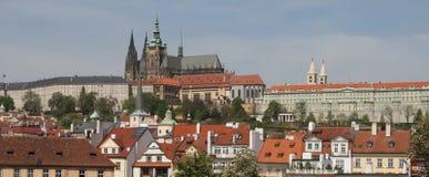 панорама prague замока Стоковое Изображение RF