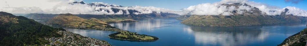 панорама queenstown южный zealand острова новая Стоковые Изображения RF
