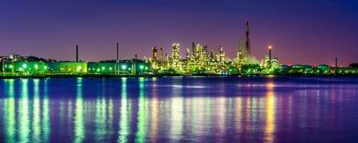 Панорама scape фабрики светлая Стоковая Фотография