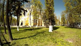Панорамная стрельба собора ` s St Владимира в Киеве на солнечный день видеоматериал