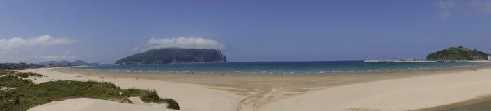 Панорамные взгляды пляжа Ларедо стоковое изображение rf