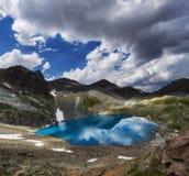 Панорамные горы Arkhyz Spring Valley Кавказ фото, Россия Фантастические восход солнца и заход солнца в горах озер Софи, стоковые изображения rf