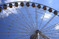 Панорамные колесо и кабины (ferris) Стоковые Фото