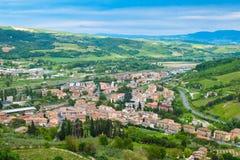 Панорамный ландшафт около городка Orvieto Умбрии Стоковое Изображение RF
