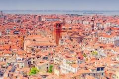Панорамный взгляд Венеции от башни колокольни ` s St Mark Стоковое фото RF
