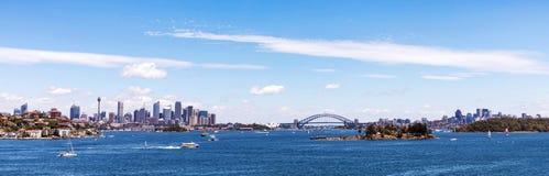 Панорамный взгляд горизонта Сиднея Стоковое Изображение RF