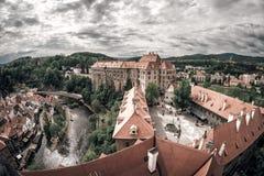 Панорамный взгляд известного замка Cesky Krumlov Чех Republi Стоковые Фотографии RF