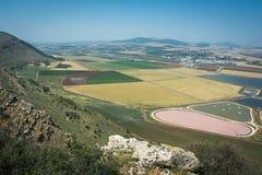 Панорамный взгляд на долине от гребня горы Стоковые Фото