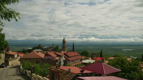 Панорамный взгляд на ландшафте города Sighnaghi, Georgia Промежуток времени сток-видео