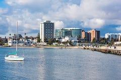 Панорамный взгляд на линии побережья стоковое изображение rf