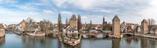 Панорамный взгляд на меньшем районе Франции в страсбурге стоковые изображения