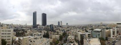 панорамный взгляд новый центр города зоны abdali Аммана - вида на город Джордана Аммана современных зданий в Аммане Стоковая Фотография
