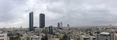 панорамный взгляд новый центр города зоны abdali Аммана - вида на город Джордана Аммана современных зданий в Аммане Стоковые Фото