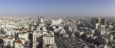 панорамный взгляд новый центр города зоны abdali Аммана - вида на город Джордана Аммана современных зданий в Аммане Стоковое Фото
