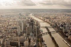 Панорамный взгляд Парижа от высоты башни elven Стоковая Фотография