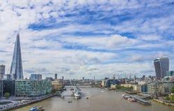 Панорамный взгляд Рекы Темза Лондон, Англия Стоковые Фотографии RF