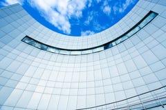 Панорамный взгляд стеклянного здания Стоковое Изображение RF