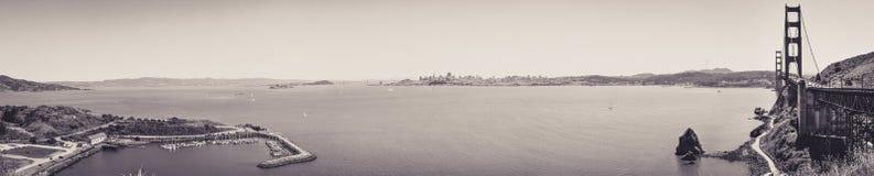 Панорамный взгляд San Francisco Bay с пункта перспективы стоковое фото rf