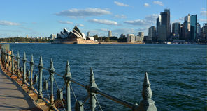 Панорамный взгляд ландшафта горизонта Сиднея с оперным театром Стоковое Изображение