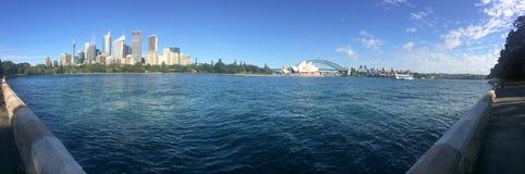 Панорамный взгляд горизонта Сиднея Стоковая Фотография