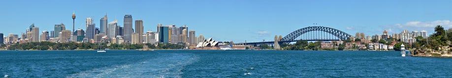 Панорамный взгляд горизонта Сиднея Стоковые Изображения RF