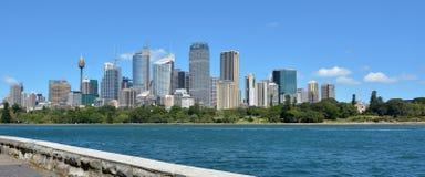 Панорамный взгляд горизонта Сиднея Стоковые Фотографии RF