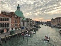 Панорамный взгляд грандиозного канала, Венеции, Италии Стоковое Изображение RF