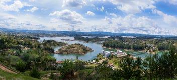 Панорамный взгляд запруды Penon - Колумбии Guatape Стоковые Изображения
