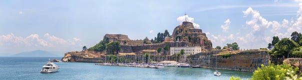 Панорамный взгляд крепости thr старой в городе Корфу, Греции Стоковые Фото