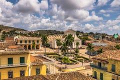 Панорамный взгляд мэра площади в Тринидаде, Кубе стоковые фото