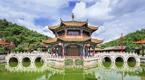 Панорамный взгляд на виске Yuantong, провинции Kunming, Юньнань, Китае Стоковые Фото