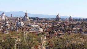 Панорамный взгляд на крышах Рима, Италии горизонт rome Съемка укладки в форме видеоматериал