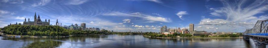 Панорамный взгляд Оттавы, Канады Стоковое Изображение RF