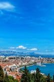 Панорамный взгляд от максимума на хорватском городе разделения Стоковое Изображение