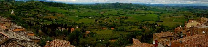 Панорамный взгляд от Cortona Тосканы, Италии Стоковая Фотография RF