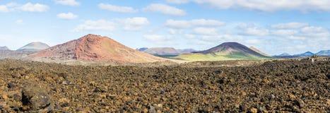 Панорамный взгляд потухших вулканов Стоковые Фотографии RF