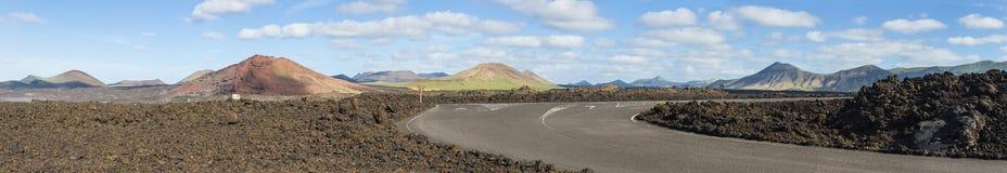 Панорамный взгляд потухших вулканов Стоковые Изображения RF