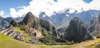 Панорамный взгляд руин Inca Machu Picchu - священная долина, Перу Стоковое фото RF